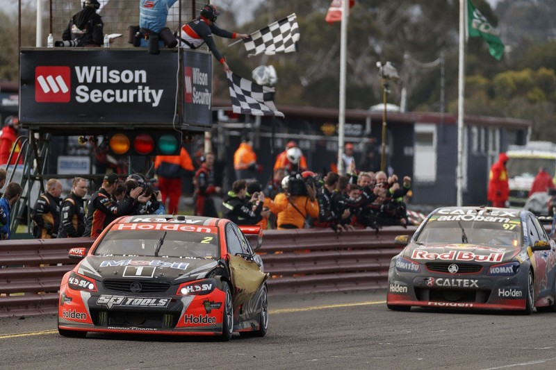 Holden Racing Team's Tander/Luff win Supercars' Sandown 500