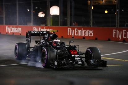 Jenson Button rues 'tiny tap' that cost him Singapore GP Q3 place