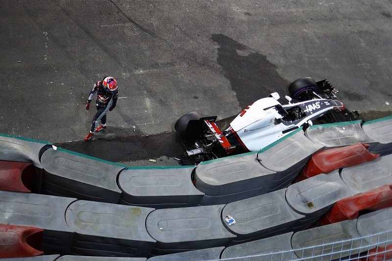 Romain Grosjean says confidence 'zero' after Singapore GP crashes