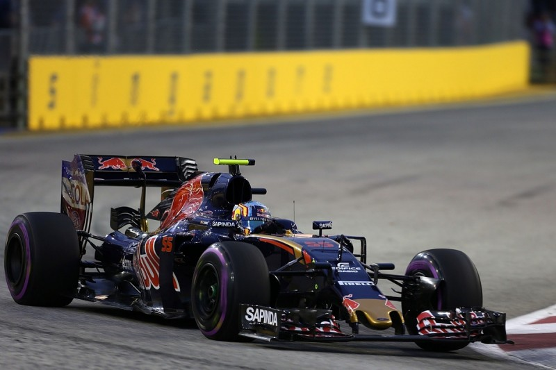 Toro Rosso to race with different aero packages for Kvyat and Sainz