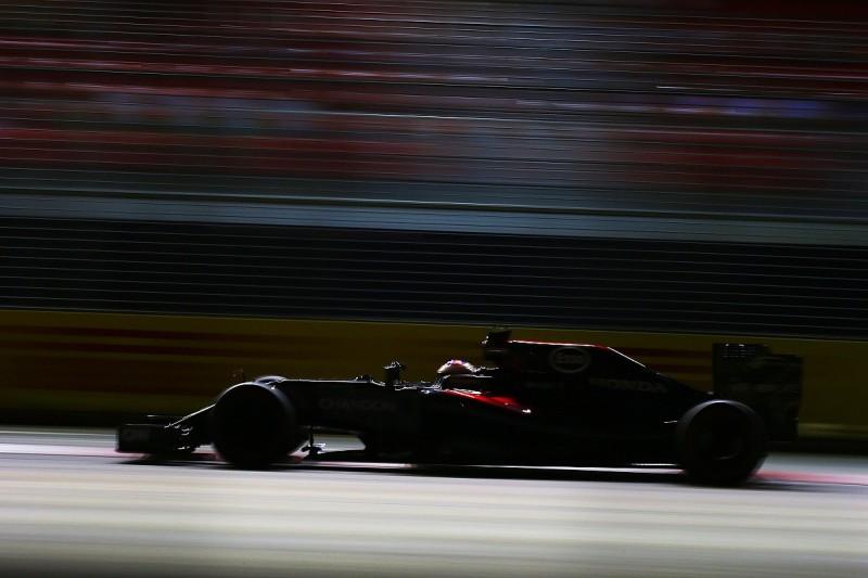 Button surprised by McLaren's lack of Singapore GP practice pace