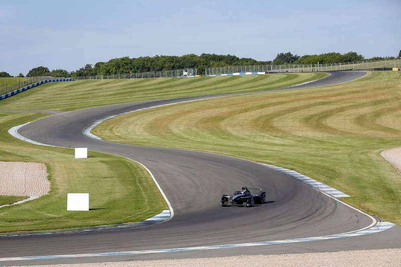 Formula E to stop running pre-season testing at Donington Park
