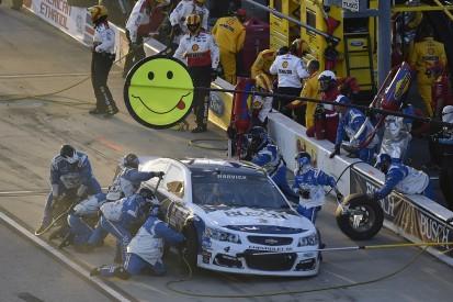 """Stewart-Haas driver Kevin Harvick slams """"terrible"""" NASCAR pit crew"""
