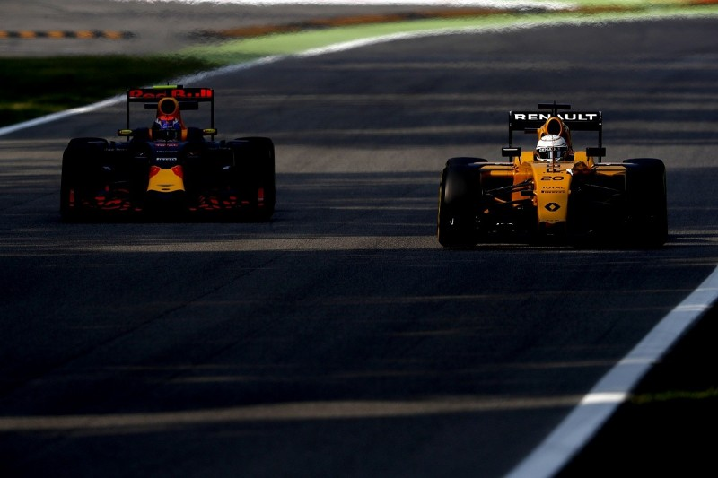 Renault plans F1 engine upgrade for Singapore or Malaysian GP