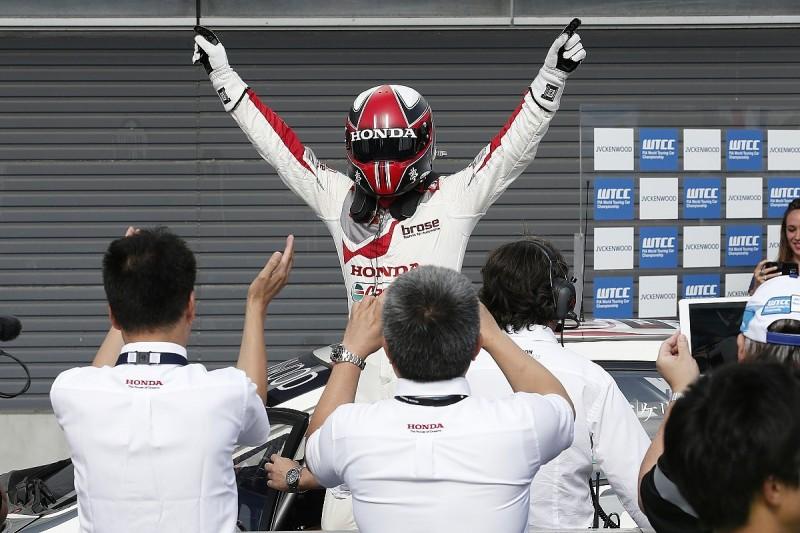 Motegi WTCC: Norbert Michlisz leads all-Honda podium