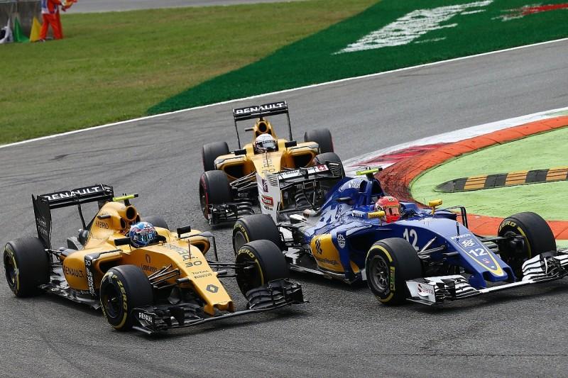 Jolyon Palmer furious over Felipe Nasr clash and penalty at Monza