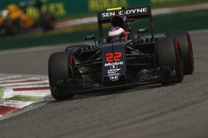 Jenson Button had other F1 offers for 2017 - Ron Dennis