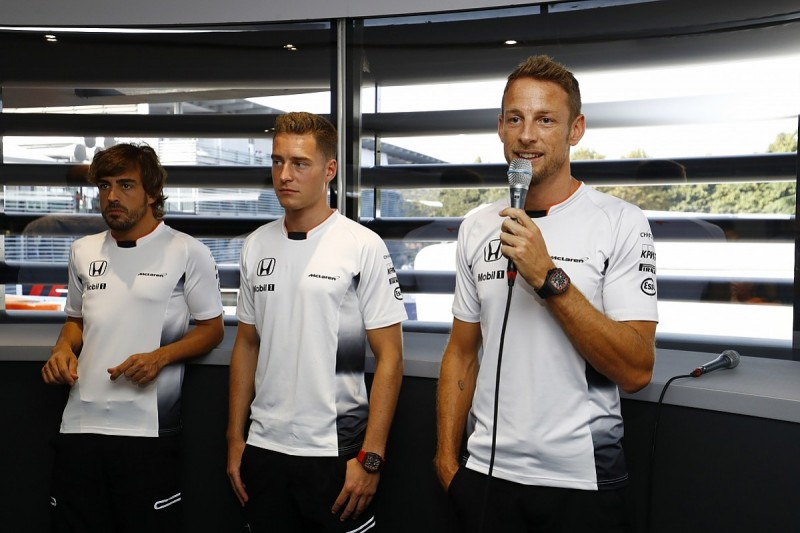 Jenson Button to step down from McLaren F1 race seat in 2017
