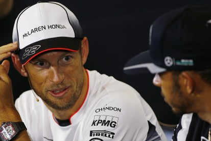Lewis Hamilton hails 'extraordinary' Jenson Button as he pauses F1