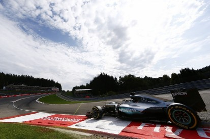F1 fans don't care about high-tech engines, Lewis Hamilton feels