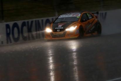 BTCC Rockingham: Gordon Shedden claims pole in rain-hit qualifying