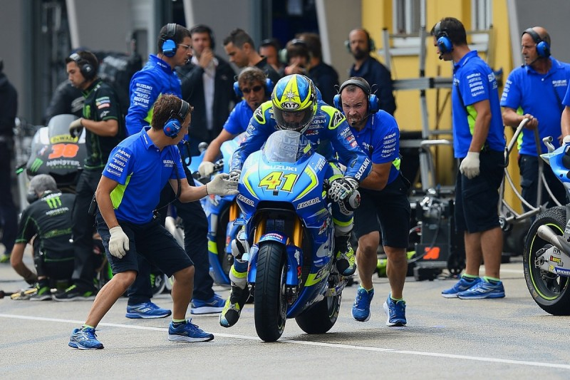 MotoGP raises pitlane safety for flag-to-flag pitstop races