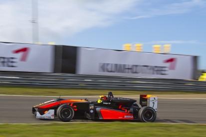 Masters of F3: Callum Ilott leads tight qualifying session