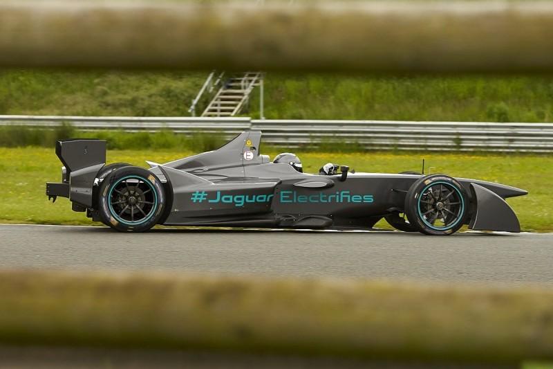 Jaguar Formula E team to evaluate four drivers in Donington test