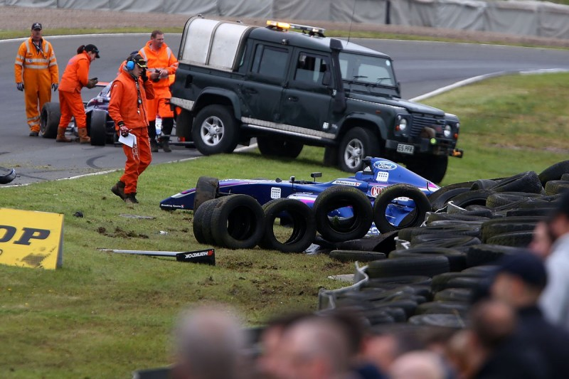 British F4 title contender Florescu punished for punching team-mate