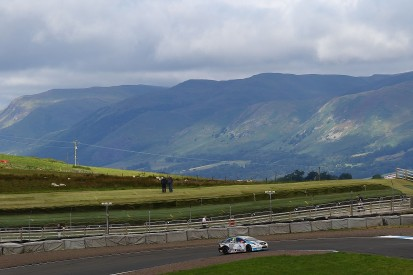 BTCC Knockhill: Tom Ingram fastest in practice