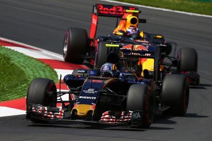 Toro Rosso F1 team more open since Verstappen left - Sainz