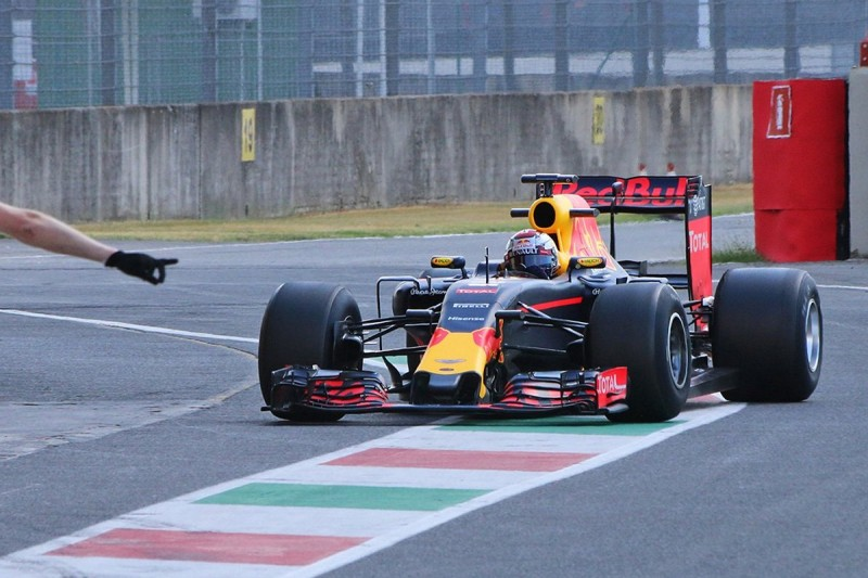 F1 2017 tyres: Red Bull completes first day of testing at Mugello
