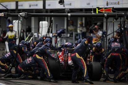 Toro Rosso F1 team's pitstops not good enough - Carlos Sainz Jr
