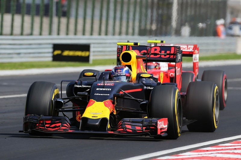 Max Verstappen defending to be discussed in F1 drivers' briefing