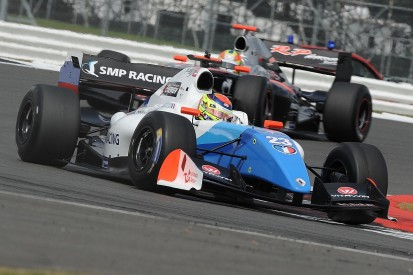 Silverstone Formula V8 3.5: Vaxieire claims second Silverstone pole