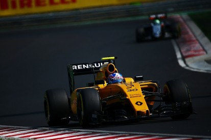 Palmer baffled by Hungarian GP spin that cost him first F1 points