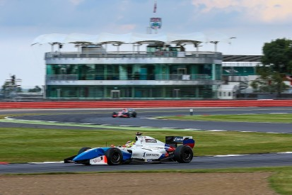 Silverstone Formula V8 3.5: Vaxiviere takes Saturday pole