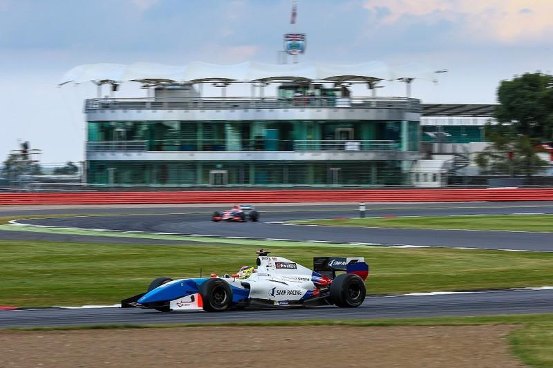 Silverstone Formula V8 3.5: Vaxiviere takes Saturday pole