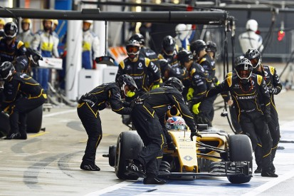 Renault F1's Palmer says first British GP was 'really painful'