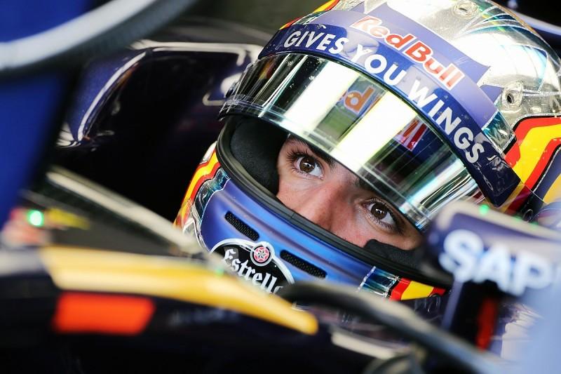 "Carlos Sainz Jr calls rumours of Renault swap deal ""extraordinary"""