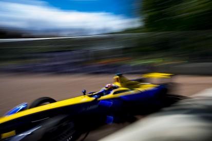 Battersea Formula E: Sebastien Buemi leads practice in London