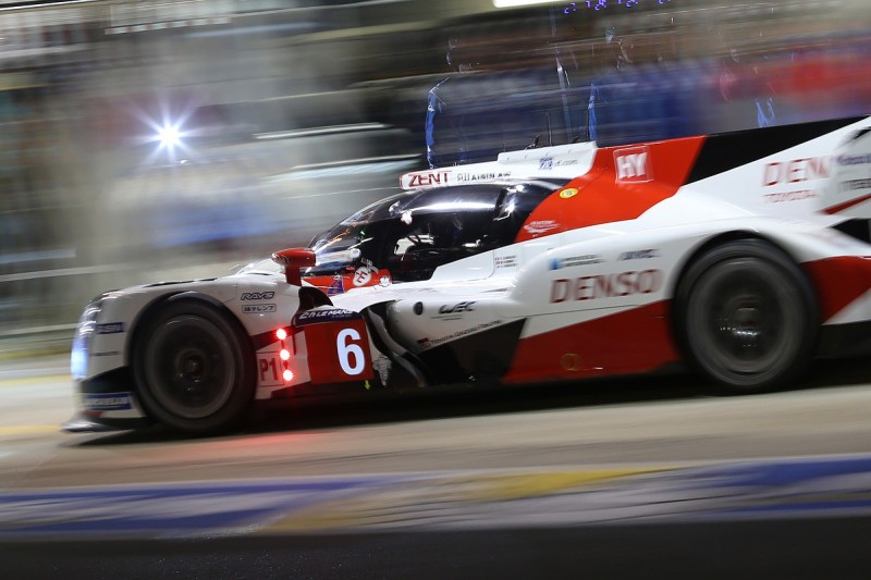 Le Mans 24 Hours: Porsche coming back at Toyota in hour 13