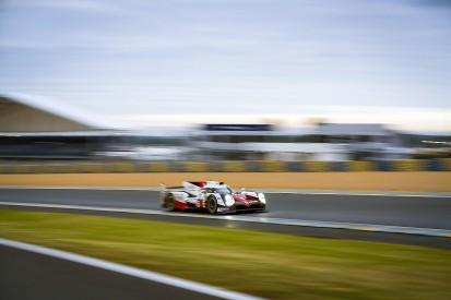 Le Mans 24 Hours: Toyota 1-2 after 17 hours but Porsche close