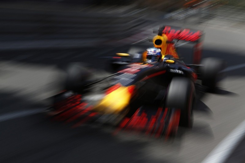 Red Bull F1 team surprised by its form so far in 2016