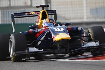 Abu Dhabi GP3: Alex Lynn fastest in practice for title decider