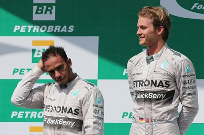 Brazilian GP: Nico Rosberg defeats F1 title rival Lewis Hamilton