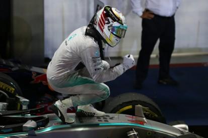 Singapore GP: Hamilton takes F1 points lead as Rosberg retires