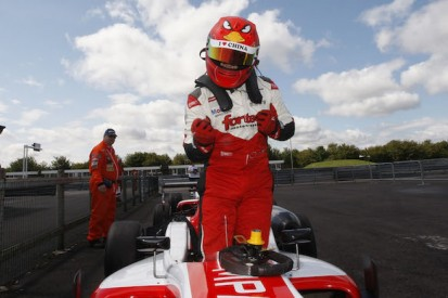 Thruxton British F3: Martin Cao adds second victory for Fortec