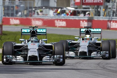 Lewis Hamilton and Nico Rosberg 'incredible' - Mercedes F1 boss