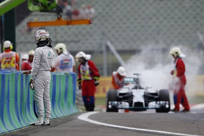 Mercedes F1 team says reliability is its priority, not team orders