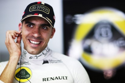 Pastor Maldonado to stay with Lotus Formula 1 team for 2015
