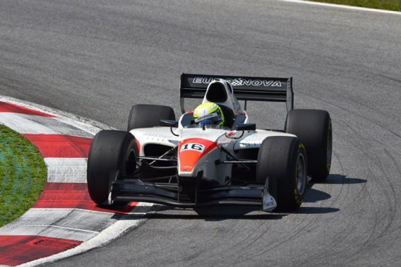 Red Bull Ring Auto GP: Kimiya Sato takes first pole in series
