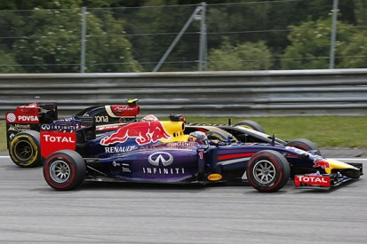 Red Bull F1 boss believes Renault should have focused on one team