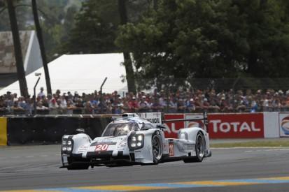 Le Mans 24 Hours: Porsche back into lead after trouble for Audi