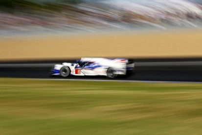 Le Mans 24 Hours: Toyota maintains control at quarter-distance