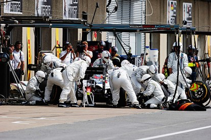 Massa thinks pit blunder cost Williams F1 team victory in Canada