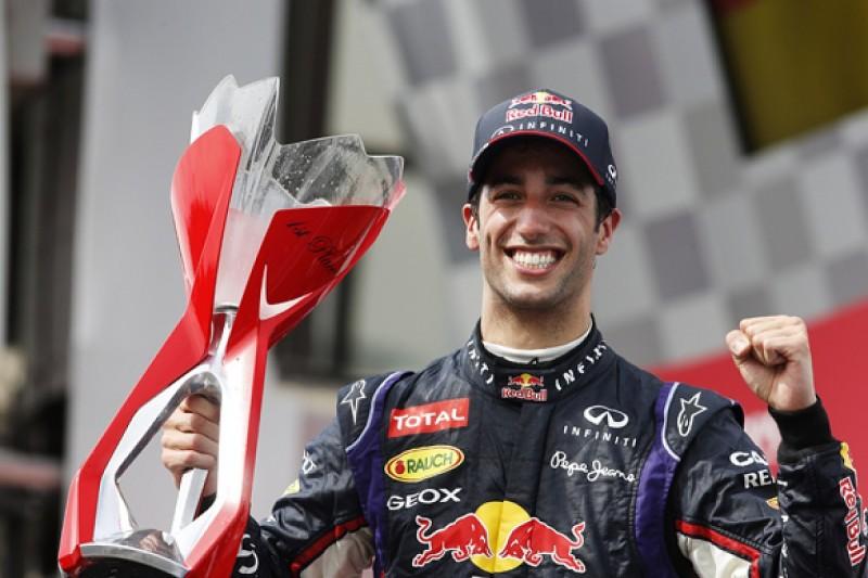 Canadian GP: Daniel Ricciardo takes maiden win in thrilling race