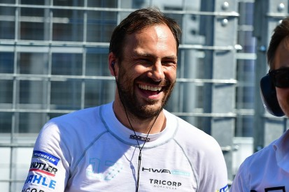 Mercedes gives Paffett team role and reserve driver status in Formula E