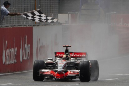 Centurian Lewis Hamilton's top 10 F1 races