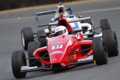 AUTOSPORT on the pace in Formula Ford